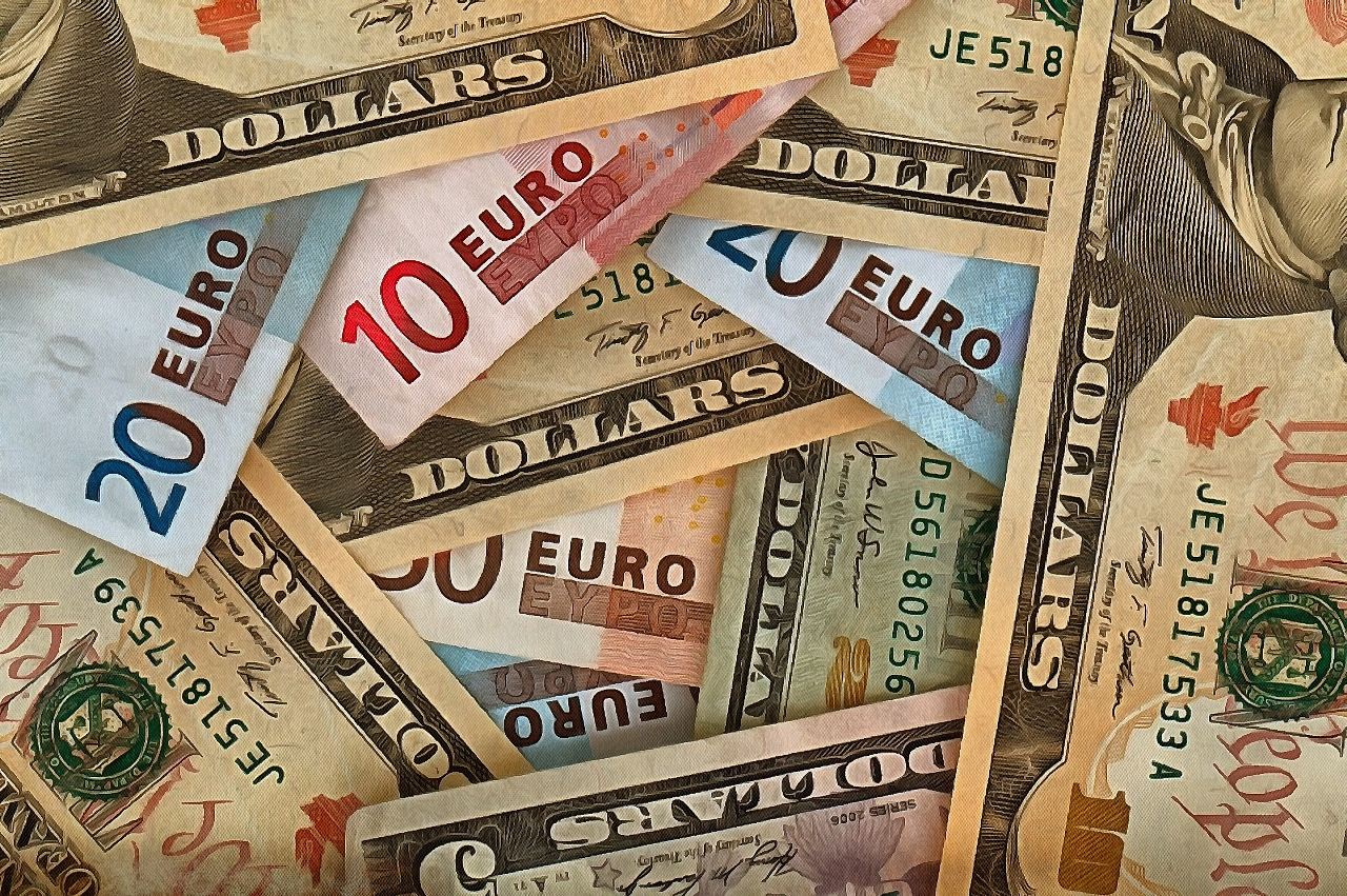 Image of money, money images, money picture, dollar image - Free. Public Domain Images - Stock Free Images !